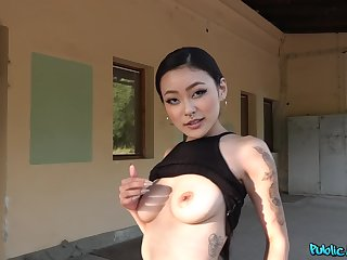Man fulfills Asian's desires by fucking her restless
