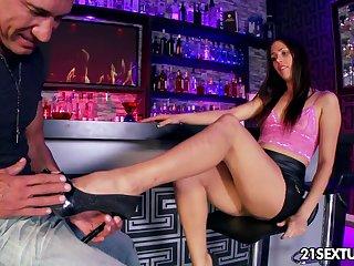 Marco Banderas fucks leggy babe Anastasia Morna behind the bar