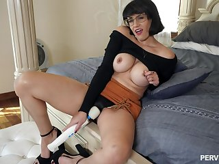 Dirty MILF Penny Barber masturbates in front of her stepson
